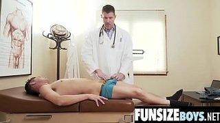سكس عربي في المستشفي دكتور ينيك ممرضه اجنبيه في المستشفي أنبوب ...